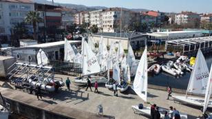 Yelken Yarışları Karamürsel'de Yapıldı