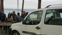 Karamürsel'de Otomobil Banktaki Kadını Ezdi