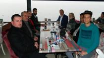 AK Parti Karamürselli Gazetecileri Unutmadı