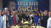 AK Kadınlar AK Parti'nin Kuruluşunu Kutladı